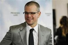 "Cast member Matt Damon poses at the premiere of ""Promised Land"" at the Directors Guild of America (DGA) in Los Angeles, California December 6, 2012. The movie opens in the U.S. on January 4. REUTERS/Mario Anzuoni"