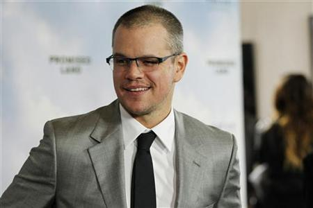 Cast member Matt Damon poses at the premiere of ''Promised Land'' at the Directors Guild of America (DGA) in Los Angeles, California December 6, 2012. REUTERS/Mario Anzuoni