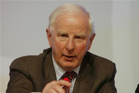 European Olympic Committee (EOC) President Patrick Hickey gives a news conference after the EOC's 37th general assembly in Istanbul November 22, 2008. REUTERS/Osman Orsal