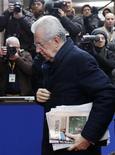 Il premier Mario Monti. REUTERS/Francois Lenoir