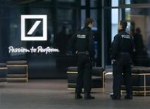 REUTERS/Kai Pfaffenbach (GERMANY - Tags: BUSINESS CRIME LAW)