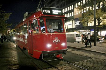 A tram which has been converted into a rolling pub combines sightseeing with a night on the town in Helsinki October 8, 2008. REUTERS/Agnieszka Flak