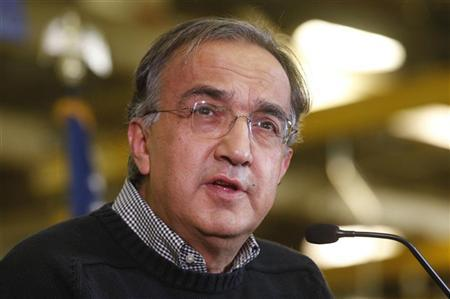 Chrysler Group Chairman and CEO Sergio Marchionne addresses the audience during a news conference at the Chrysler Mack I Engine Plant to announce a major financial investment and more jobs added to the engine plant in Detroit, Michigan November 15, 2012. REUTERS/Rebecca Cook