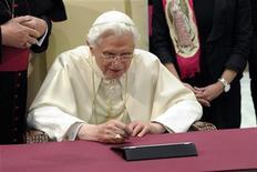 Papa Benedetto XVI. REUTERS/Osservatore Romano