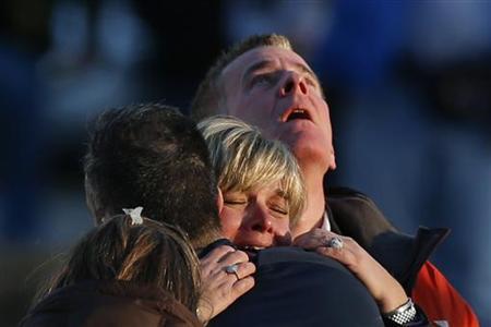 12月14日、米東部コネティカット州の小学校で、乱射事件が発生し、児童20人を含む少なくとも26人が死亡した(2012年 ロイター/Adrees Latif)