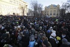 Акция оппозиции в Москве 15 декабря 2012 года. Больше тысячи человек собрались в центре Москвы в субботу, несмотря на крепкий мороз и запрет на шествие, которым власти отметили годовщину массовых протестов против возвращения Владимира Путина в Кремль на третий срок. REUTERS/Tatyana Makeyeva