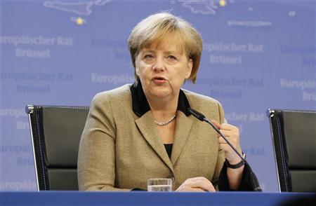 Germany's Chancellor Angela Merkel holds a news conference at the end of a European Union leaders summit, in Brussels December 14, 2012. REUTERS/Sebastien Pirlet