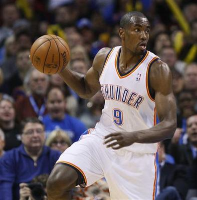 Ibaka powers Thunder past Spurs in West battle