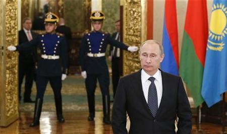 Russia's President Vladimir Putin attends the Summit of Head of States of the Collective Security Treaty Organisation (CSTO) in Moscow, December 19, 2012. REUTERS/Yuri Kochetkov/Pool