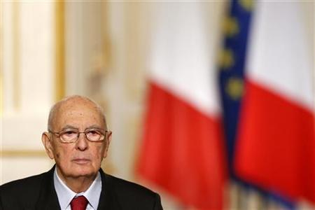 Italian President Giorgio Napolitano attends a joint news conference with French President after a meeting at the Elysee Palace in Paris, November 21, 2012. REUTERS/Benoit Tessier/Files