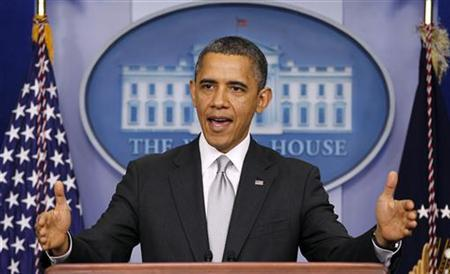 U.S. President Barack Obama speaks about the fiscal cliff to members of the media in the White House Briefing Room December 19, 2012. REUTERS/Kevin Lamarque