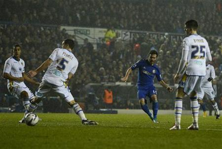 Chelsea's Jaun Mata (2nd R) shoots to score against Leeds United during during their English League Cup quarter-final soccer match in Leeds, northern England December 19, 2012. REUTERS/Nigel Roddis