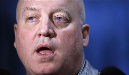 NHL deputy commissioner Bill Daly speaks to reporters in New York November 11, 2012. REUTERS/Carlo Allegri