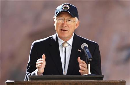 U.S. Interior Secretary Ken Salazar speaks before an experimental high flow release from the Glen Canyon Dam in Page, Arizona November 19, 2012. REUTERS/Bob Strong