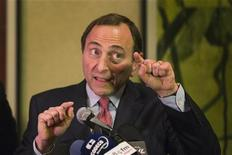 National Hockey League (NHL) Commissioner Gary Bettman gestures as he describes negotiations between the NHL and the NHL Players Association regarding the difficulties of their current labor negotiations in New York, December 6, 2012. REUTERS/Lucas Jackson