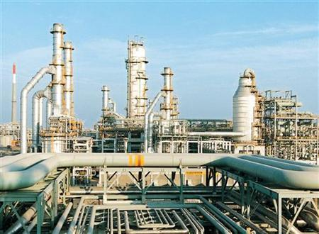 A February 2003 photo of the Reliance Industries Limited petrochemical plant at Jamnagar. REUTERS/Handout