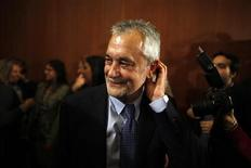 Andalucía pedirá alrededor de 7.000 millones de euros de ayuda al Fondo de Liquidez Autonómico (FLA) del próximo año, dijo el viernes una portavoz del Gobierno andaluz confirmando declaraciones de su presidente. En la imagen, el presidente andaluz, José Antonio Griñán, en una fotografía de archivo en Sevilla. REUTERS/Jon Nazca
