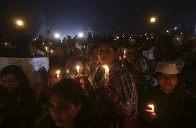 Public fury over New Delhi gang rape sparks protest...
