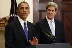 Il presidente Usa Barack Obama annuncia alla Casa Bianca la nomina del senatore John Kerry a Segretario di Stato al posto di Hillary Clinton. Washington, 21 dicembre 2012. REUTERS/Kevin Lamarque