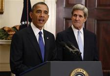 El presidente de Estados Unidos, Barack Obama, anunció el viernes la designación del senador John Kerry como secretario de Estado para suceder a Hillary Clinton, en su primera gran medida para reformar su equipo de seguridad nacional de cara a su segundo mandato. En la imagen, Obama y Kelly el 21 de diciembre de 2012 en la Casa Blanca. REUTERS/Kevin Lamarque