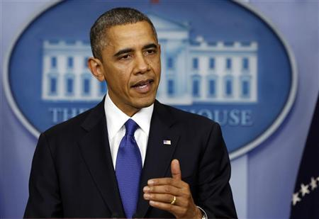 U.S. President Barack Obama speaks about the fiscal cliff at the White House in Washington December 21, 2012. REUTERS/Kevin Lamarque
