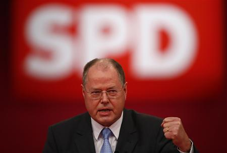 Peer Steinbrueck delivers his speech during the extraordinary party meeting of the SPD in Hanover, December 9, 2012. REUTERS/Kai Pfaffenbach