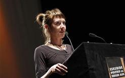 La militante basque française Aurore Martin, incarcérée en Espagne depuis début novembre, a été libérée samedi après-midi par les autorités judiciaires espagnoles. Sa remise en liberté a été effectuée peu après 17h00, contre le versement d'une caution en liquide de 15.000 euros. /Photo d'archives/REUTERS/Régis Duvignau