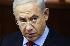 O primeiro-ministro de Israel, Benjamin Netanyahu, comparece à reunião semanal de gabinete em Jerusalém, Israel. 23/12/2012 REUTERS/Sebastian Scheider/Pool