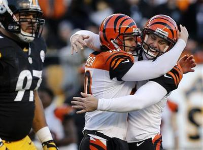 Bengals book playoff spot with win over Steelers
