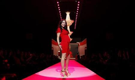 Actress Bethenny Frankel walks the runway during the Heart Truth's Red Dress Fall 2010 show during New York Fashion Week February 11, 2010. REUTERS/Lucas Jackson