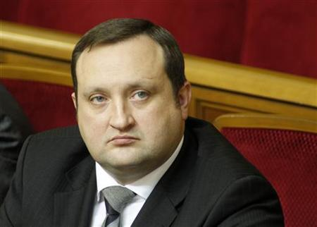 Serhiy Arbuzov attends a session of the Ukrainian parliament in Kiev December 23, 2010. REUTERS/Gleb Garanich