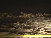 Видеокадр, на котором запечатлены обломки упавшего самолета Ан-72 возле Шымкента 25 декабря 2012 года. Транспортный самолет Ан-72 пограничной службы Казахстана, на борту которого находились 27 человек, разбился во вторник вечером на подлете к аэропорту города Шымкент на юге страны, говорится в сообщении Комитета национальной безопасности. REUTERS/TV7.kz/Handout