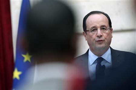FREUTERS/Thibault Camus/Pool (FRANCE - Tags: POLITICS MILITARY)