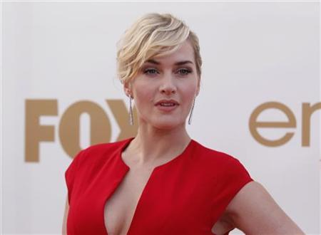 Actress Kate Winslet arrives at the 63rd Primetime Emmy Awards in Los Angeles September 18, 2011. REUTERS/Danny Moloshok/Files