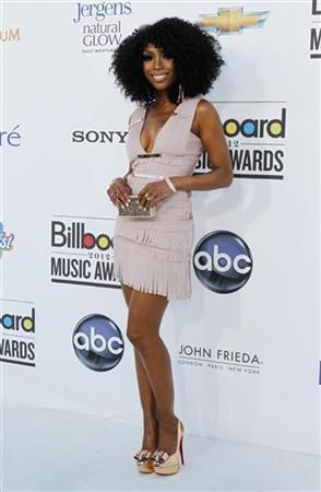 Recording artist Brandy Norwood poses on the red carpet as she arrives at the 2012 Billboard Music Awards in Las Vegas, Nevada May 20, 2012. REUTERS/Steve Marcus