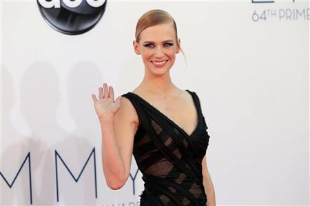 Actress January Jones, from the drama series ''Mad Men,'' arrives at the 64th Primetime Emmy Awards in Los Angeles, September 23, 2012. REUTERS/Mario Anzuoni