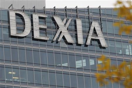 The Dexia tower is seen in La Defense, near Paris, November 8, 2012. REUTERS/John Schults