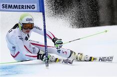 L'Autrichienne Anna Fenninger a remporté le slalom géant de Semmering, comptant pour la Coupe du monde féminine de ski alpin. La Slovène Tina Maze, deuxième, et la Française Tessa Worley complètent le podium de la course. /Photo prise le 28 décembre 2012/REUTERS/Dominic Ebenbichler