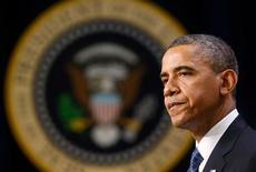El presidente de Estados Unidos, Barack Obama, no tiene previsto realizar en una reunión el viernes con los líderes del Congreso una nueva oferta para evitar las subidas de impuestos y los recortes de gastos que entrarán en vigor el 1 de enero, dijo una fuente familiarizada con el tema. En la imagen, el presidente de EEUU, Barack Obama, en la Casa Blanca, en Washington, el 28 de noviembre de 2012. REUTERS/Kevin Lamarque