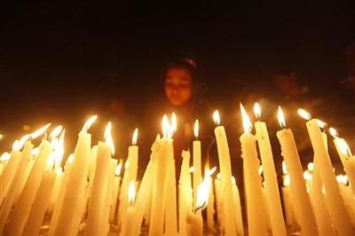Death of Delhi rape victim stirs anger, promises of...