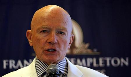 Chairman of Franklin Templeton's Emerging Markets Group Mark Mobius speaks during a news conference in Mumbai March 28, 2011. REUTERS/Danish Siddiqui/Files
