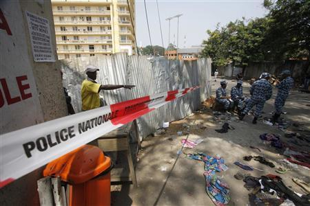 A view of a street in Plateau district where a stampede occurred after a New Year's Eve fireworks display in Abidjan January 1, 2013. REUTERS/Thierry Gouegnon