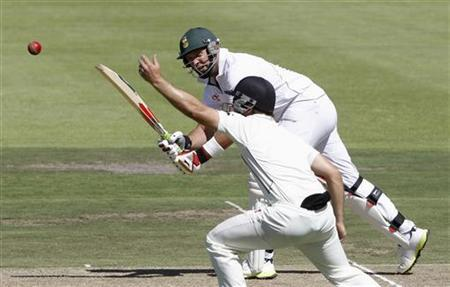 South Africa's Jacques Kallis plays a shot during the first day of their first test cricket match against New Zealand in Cape Town, January 2, 2013. REUTERS/Mike Hutchings