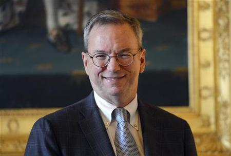 Google's Executive Chairman Eric Schmidt poses prior to a meeting at the Culture Ministry in Paris October 29, 2012. REUTERS/Miguel Medina/Pool/Files