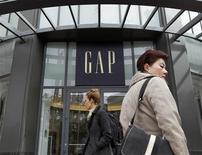 Varejista Gap vai comprar a Intermix por 130 milhões de dólares para entrar no ramo de vestuário de luxo. A empresa pretende expandir a rede no exterior. 18/08/2011 REUTERS/Robert Galbraith