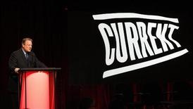 L'ex vice presidente Usa Al Gore e presidente e co-fondatore di Current TV, 13 gennaio 2012 REUTERS/Mario Anzuoni