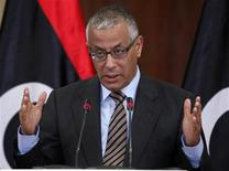 Libya's Prime Minister Ali Zeidan speaks during a news conference at the headquarters of the Prime Minister's Office in Tripoli Libya January 3, 2013. REUTERS/Ismail Zitouny