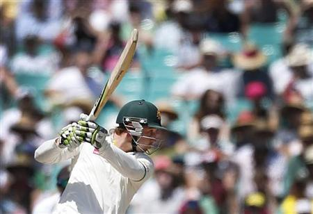 Australia's Phil Hughes plays a shot during the second day's play of the third test cricket match against Sri Lanka at the Sydney Cricket Ground January 4, 2013. REUTERS/Tim Wimborne