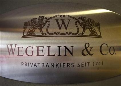 A logo of the Swiss bank Wegelin is pictured at a building in Bern, January 27, 2012. REUTERS/Michael Buholzer