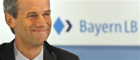 CEO of Bavarian federal bank Bayerische Landesbank (Bayern LB) Michael Kemmer smiles during a news conference in Munich, July 20, 2009. REUTERS/Alexandra Beier